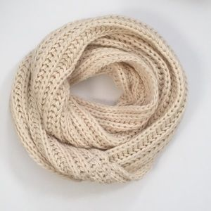 LA Hearts Ivory Knit Tube Scarf